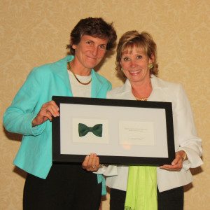 """Rep. Pricey Harrison receives """"Defender of the Environment"""" at 2012 Green Tie Awards"""
